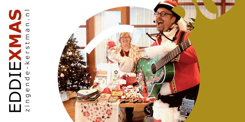 01 | Kerstbal | Zingende kerstman inhuren rondlopende kerstact boeken gelderland utrecht friesland christmas zorgtainment